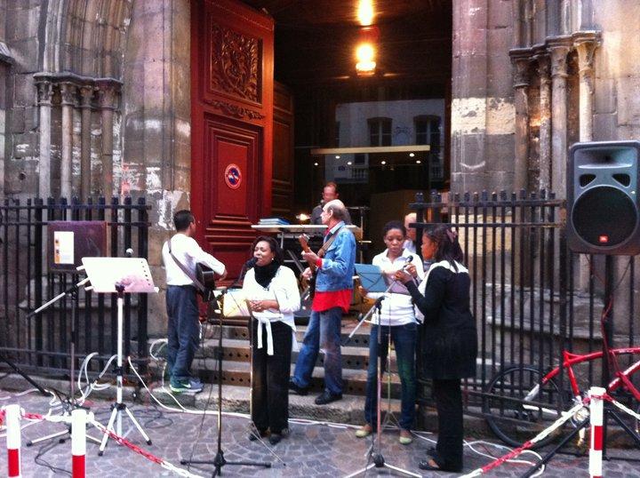 Fête de la musique 2011 - Parvis de l`église St Leu-St Gilles
